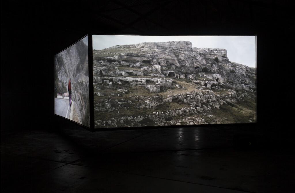 AA_Exhibition Julian D'Angiolillo_Movil